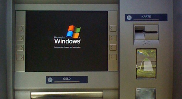 atm-windows-xp-martin-maciaszek-flickr
