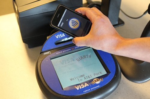 iPhone 6 NFC Payment_01