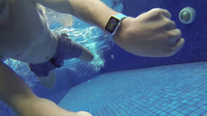 water-apple-watch