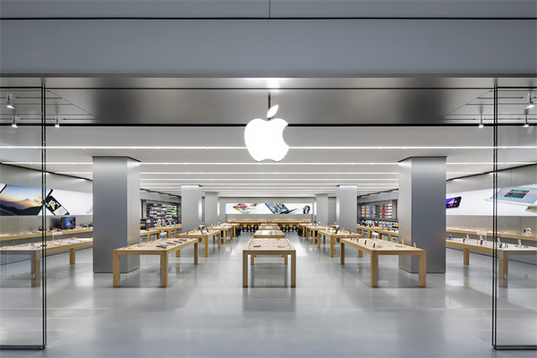 apple-store-worker-charged-with-using-bogus-credit-cards-to-buy-nearly-1-million-in-apple-gift-cards_01